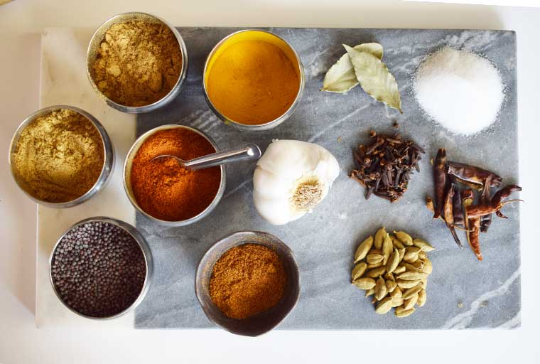 Masala Dabba Indian Spices