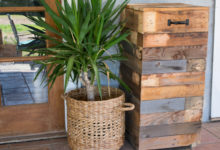 Build Your Own Outdoor Trashcan made from Recycled Pallets!